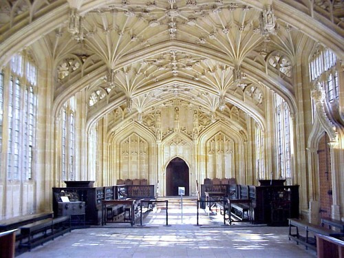 Divinity_school_oxford[1]